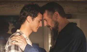 Ο Liam Neeson και ο γιος του παίζουν οριακά τους εαυτούς τους στο Made in Italy (video)