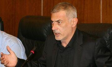 Συνάντηση Μώραλη με πειραϊκά σωματεία για το ποδοσφαιρικό γήπεδο στο ΣΕΦ (vid)