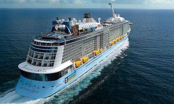Πειραιάς: Η εντυπωσιακή αναχώρηση από το λιμάνι του... θηρίου Anthem of the Seas (vid)
