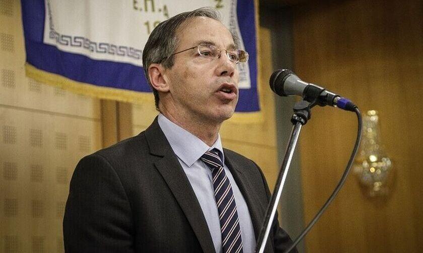Μαυρωτάς: «Οι γιατροί θα αποφασίσουν για επιστροφή φιλάθλων στα γήπεδα»