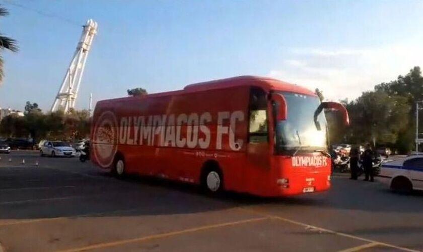 Ολυμπιακός: Έφτασε στη Θεσσαλονίκη – Γιατί ταξίδεψαν αυθημερόν οι «ερυθρόλευκοι»
