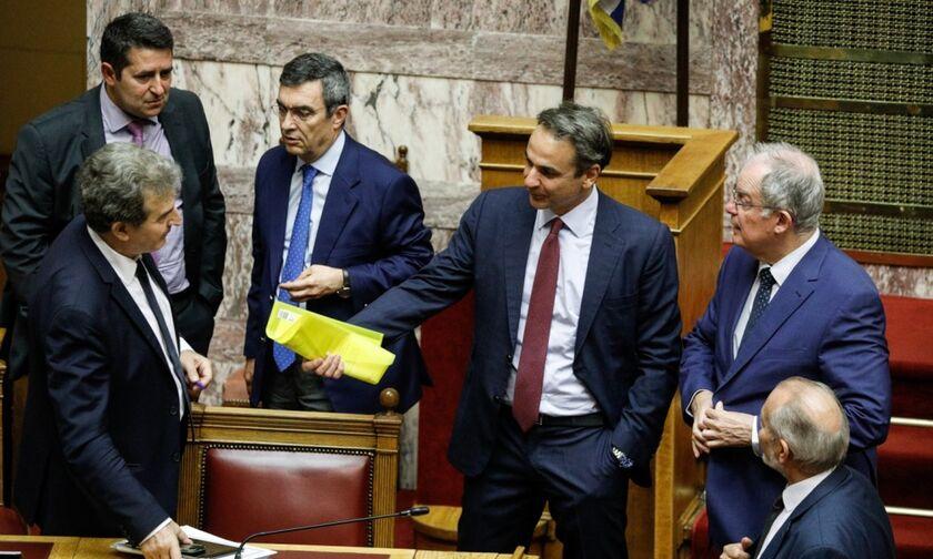 Βουλή - Νομοσχέδιο για τις διαδηλώσεις: Ψηφίστηκε το νομοσχέδιο για τις δημόσιες συναθροίσεις