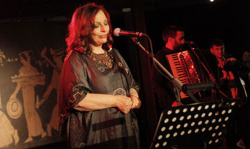 Χάρις Αλεξίου: Νέο τραγούδι με τη Yasmin Levy - «This Shadow» (vid)