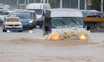 Ουχάν: Μετά τον κορονοϊό κινδυνεύει από πλημμύρες -140 οι νεκροί στην Κίνα (vid)