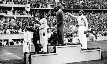 Λουτζ Λονγκ: Η συμβουλή-μετάλλιο στον Τζέσε Όουενς και η αγκαλιά μπροστά στον έξαλλο Χίτλερ