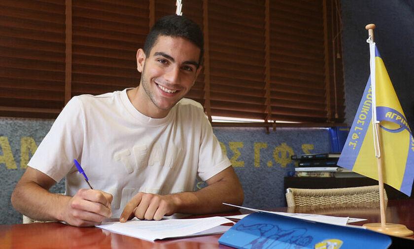 Παναιτωλικός: Τετραετές συμβόλαιο υπέγραψε ο Μπελεβώνης