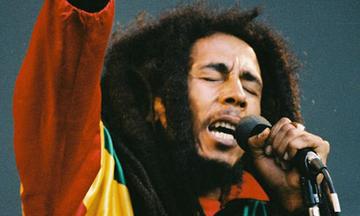 Τα τραγούδια έχουν ιστορία: Bob Marley: I shot the sheriff - Ποιος ήταν ο σερίφης John Brown (vid)