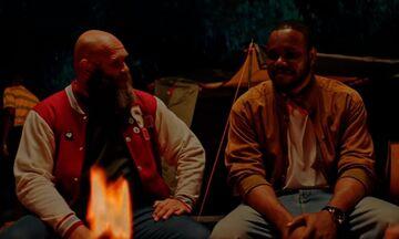 Ο ράπερ Αντετοκούνμπο συνάντησε τον «Ελσίνκι» από το «La Casa de Papel» στο νέο του video-clip (vid)