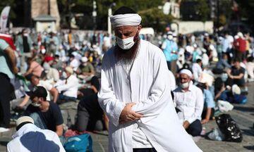 Αγία Σοφία: Χιλιάδες μουσουλμάνοι για την πρώτη προσευχή (LIVE)