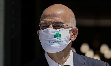 Τι κρύβεται πίσω από την μάσκα του Νίκου Δένδια