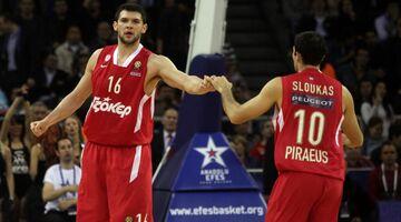 Σλούκας και Παπανικολάου ξανά μαζί στον Πειραιά μετά το 2013