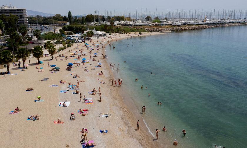 Ανακοινώθηκαν οι 199 κατάλληλες παραλίες της Αττικής - Δείτε τη λίστα