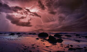 Καιρός: Πού θα έχουμε βροχές, καταιγίδες, κατά τόπους ισχυρές, χαλαζοπτώσεις και ισχυρούς ανέμους