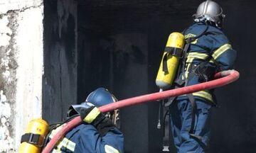 Κυψέλη: Δύο νεκροί από φωτιά σε διαμέρισμα (vid)