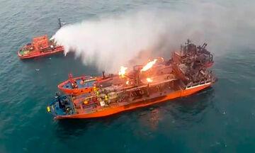 Ινδία: Φωτιά σε πλοίο με Ελληνική σημαία στην Αραβική Θάλασσα