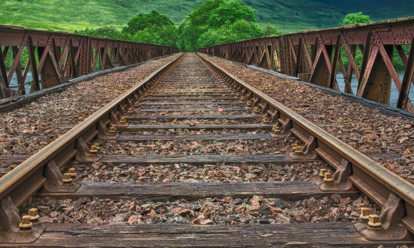 H σιδηροδρομική γραμμή Θεσσαλονίκη-Ξάνθη - Οι μελέτες, οι οκτώ σταθμοί