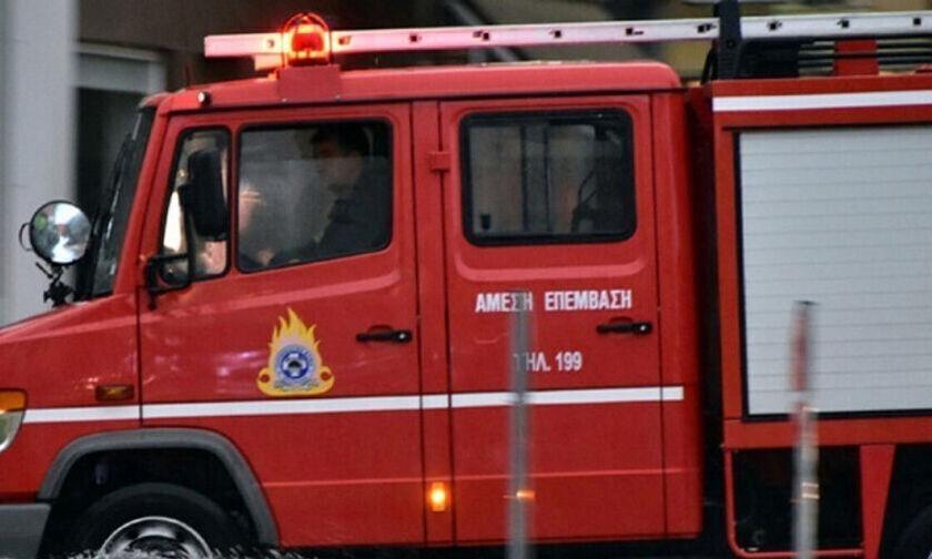 Λακωνία: Φωτιά στη Μάνη - Εκκενώθηκαν προληπτικά οικισμοί (pic)