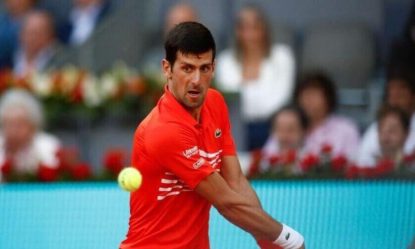Western and Southern Open: Αποσύρθηκε ο Τζόκοβιτς από το διπλό λόγω ενοχλήσεων στον αυχένα