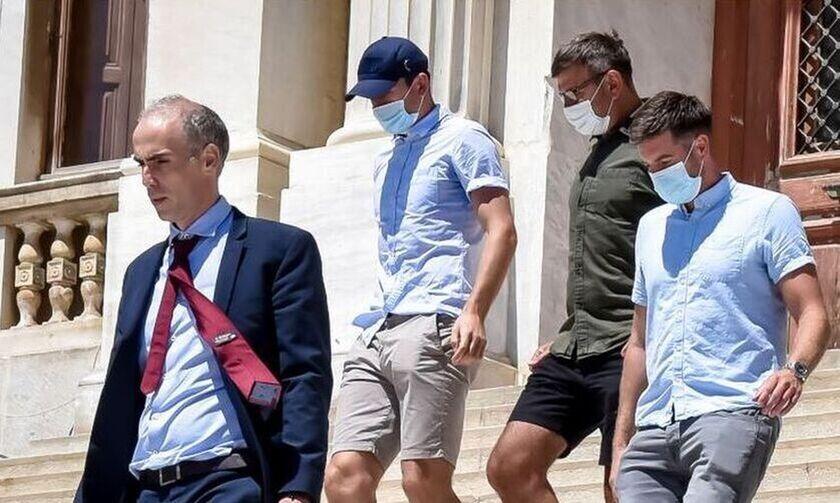 Daily Mail: Προς αναβολή η δίκη Μαγκουάιρ λόγω κρούσματος κορονοϊού στο δικαστήριο Σύρου!