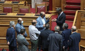 Με 178 υπέρ, 26 κατά και 81 «παρών» κυρώθηκε η συμφωνία Ελλάδας-Αιγύπτου για την ΑΟΖ