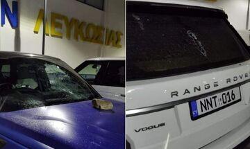 ΑΠΟΕΛ: «Ντου» των οπαδών στο προπονητικό κέντρο και ζημιές στα αυτοκίνητα (pic)