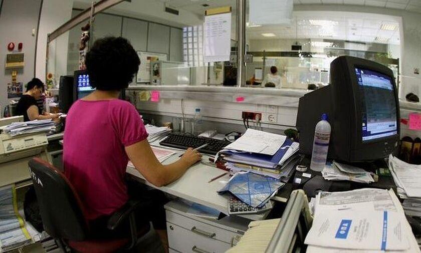 Πώς συμφέρει να πληρώσουμε τον φόρο εισοδήματος και τον ΕΝΦΙΑ