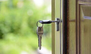 Αλλάζει το τοπίο στη βραχυχρόνια μίσθωση - Σε ποιες περιοχές και πόσο «πέφτουν» τα ενοίκια