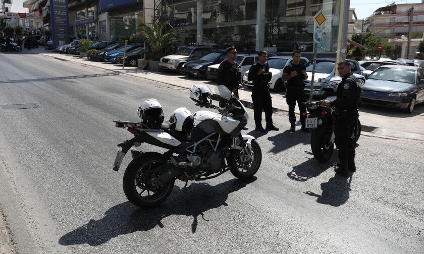 Γλυφάδα: Νεκρός σε τροχαίο αστυνομικός της ΔΙΑΣ (vid)