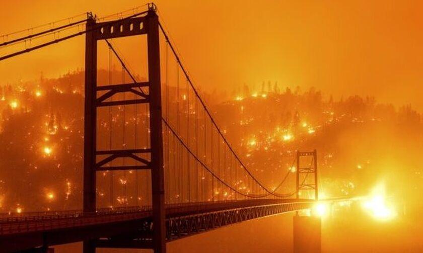 Καλιφόρνια: Εικόνες αποκάλυψης από τις πυρκαγιές - Νεκροί και ανυπολόγιστες καταστροφές (vid)