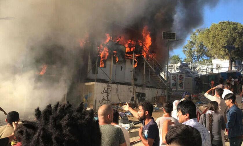 Δυο νέες φωτιές ξέσπασαν στη Μόρια