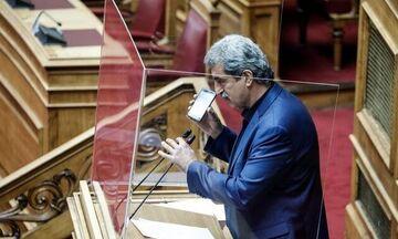 Πολάκης: Ποιο τραγούδι του Καζαντζίδη έπαιξε στη Βουλή