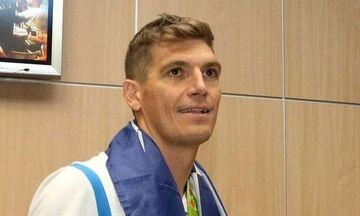 Ο Γιαννιώτης πρεσβευτής στη σκυταλοδρομία κολύμβησης που διοργανώνει ο Δήμος Πειραιά