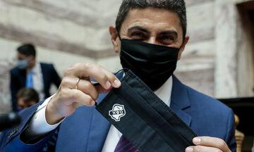Με μάσκα του ΟΦΗ ο Αυγενάκης: «Το χτένι έφτασε στον κόμπο πλέον»