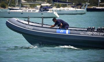 Κρήτη: Tρεις πνιγμένοι σε ναυάγιο με πρόσφυγες