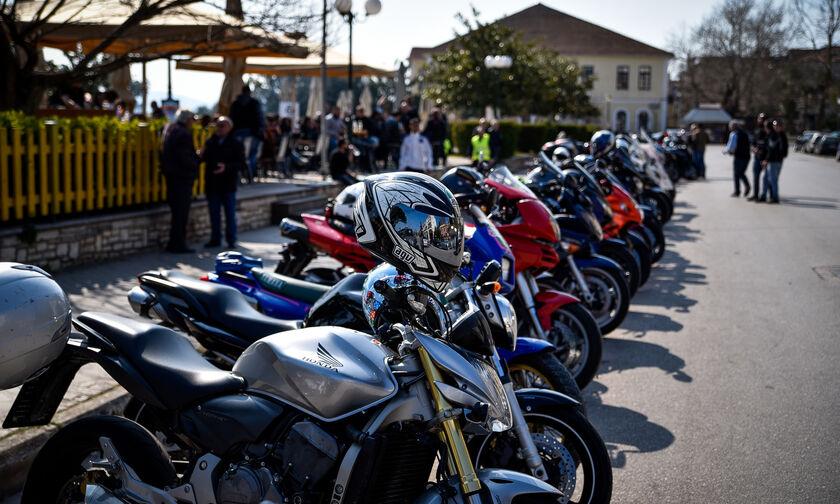 Το δίπλωμα αυτοκινήτου κατηγορίας Β' αρκεί και για οδήγηση μοτοσικλέτας έως 125 κ.εκ.