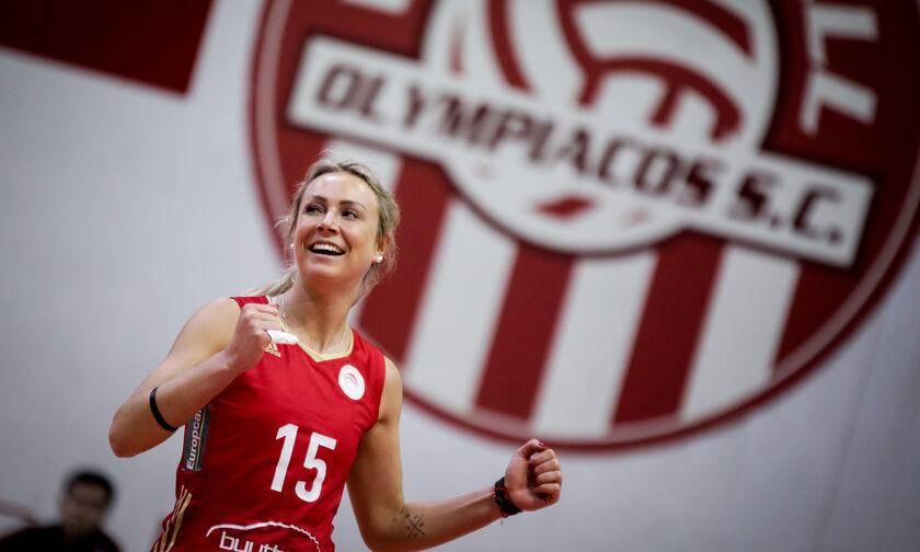 Με ποιον παίκτη του Ολυμπιακού είναι ζευγάρι η Σάσκια Χίπε (pic)