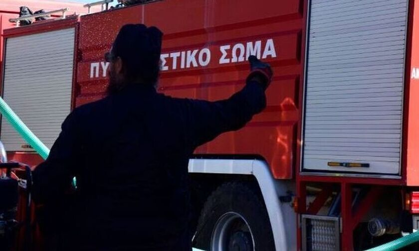 Πυρκαγιά στην Παλλήνη Αττικής