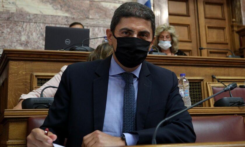Ο Αυγενάκης έγινε... Μαντέλα και έφερε προς κύρωση Μνημόνια Συνεργασίας