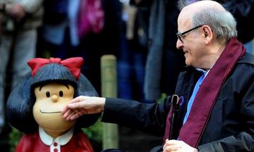 Η Mafalda που έχασε τον Quino της, γεννήθηκε κατά λάθος και μας γέμισε ατάκες