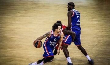 Αταμάν: «Σκοπεύουμε να παίξει ο Λάρκιν με τον Ολυμπιακό»