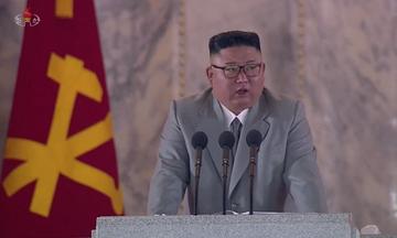 Κιμ Γιονγκ Ουν: «Στη Βόρεια Κορέα δεν προσβλήθηκε κανείς από κορονοϊό»