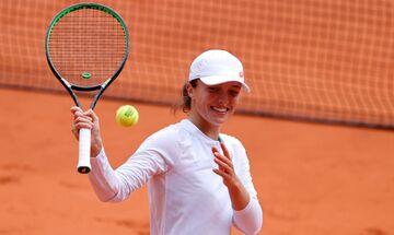 Roland Garros: Πρωταθλήτρια η 19χρονη Σβίατεκ, «σάρωσε» την Κένιν! (vid)