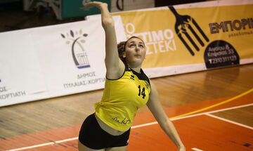 Μάρθα Ανθούλη: Η 16χρονη από τη Θεσσαλονίκη με ύψος 2.02 και 49,5 νούμερο παπούτσι!