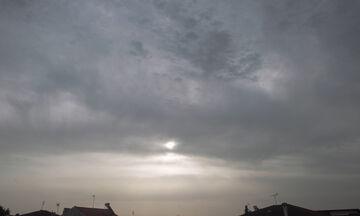 Καιρός: Μικρή πτώση της θερμοκρασίας - Πού αναμένονται βροχές και καταιγίδες