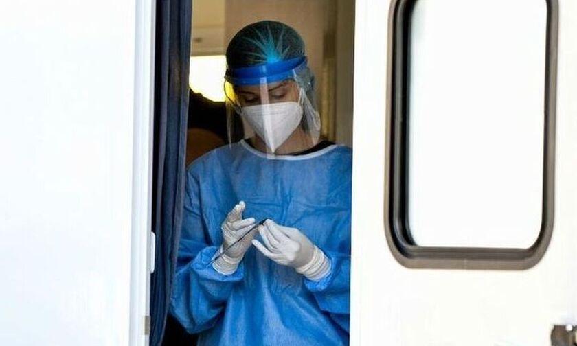 Κορονοϊός (21/10): Πλησιάζουν τα 1.000 - 865 κρούσματα - 6 θάνατοι - 86 διασωληνωμένοι