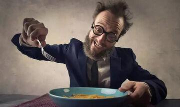 Έξι τροφές που μπορεί να σε σώσουν από την τριχόπτωση
