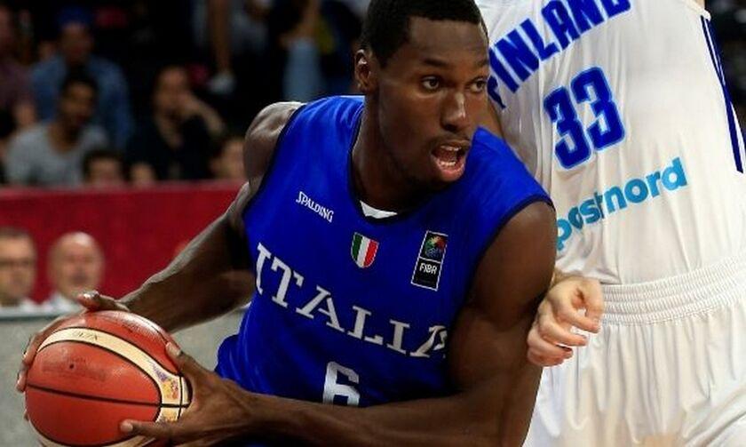 Iταλία: Με παίκτες της Αρμάνι Μιλάνο στα προκριματικά