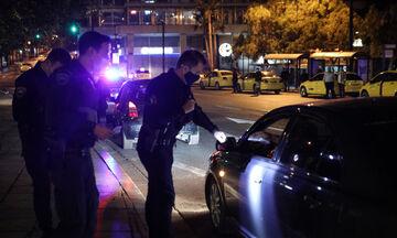 Συλλήψεις και πρόστιμα σε δύο κέντρα στη Λιοσίων και το Μπουρνάζι την πρώτη νύχτα περιορισμών (vid)