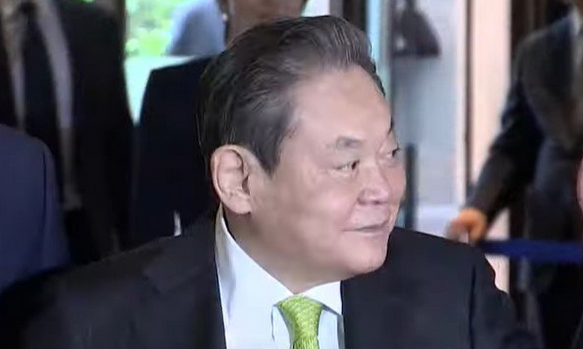 Samsung: Πέθανε ο πρόεδρος Λι Κουν Χι που μετέτρεψε μια εταιρία εμπορίας ζυμαρικών σε κολοσσό