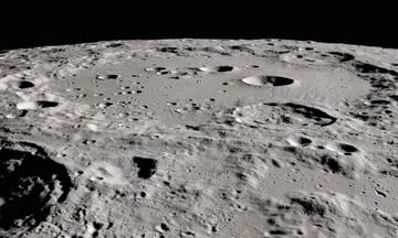 NASA: Ανιχνεύθηκε νερό στη Σελήνη!